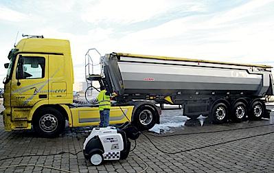 Autók, tehergépkocsik tisztítása